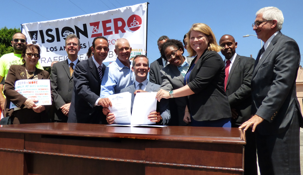 "Mayor Garcetti Signs ""Vision Zero"" Executive Directive to End Traffic Deaths in LA"